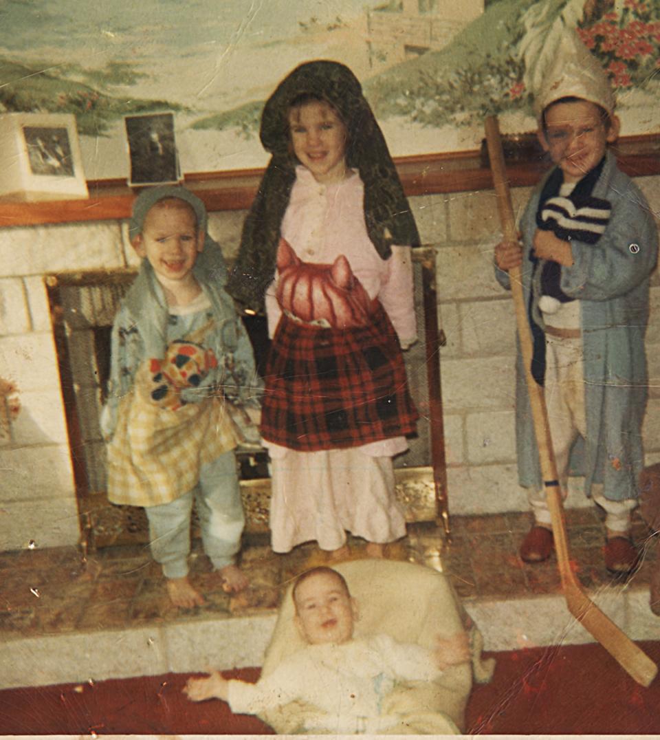 As baby Jillsus, December 1970, Goulds, N.L.